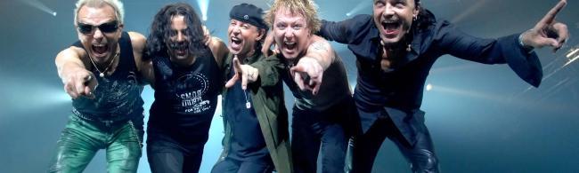 Scorpions rejoint Mark Knopfler à Guitare en Scène