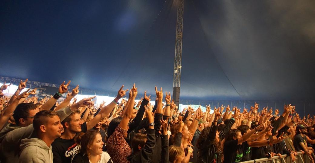 Festival Couvre Feu, sous les chapiteaux, une ambiance de folie