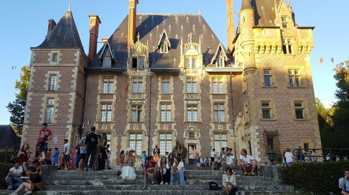 Le Château Perché, diablerie ésotérique dans les jardins d'Avrilly