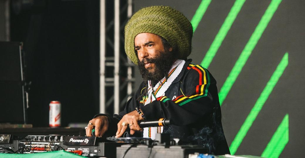 Dour révèle la programmation de sa journée dédiée au reggae et celle du Dub Corner
