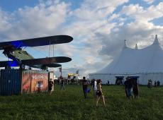 Download Festival France, ambiance pogos sur la base aérienne