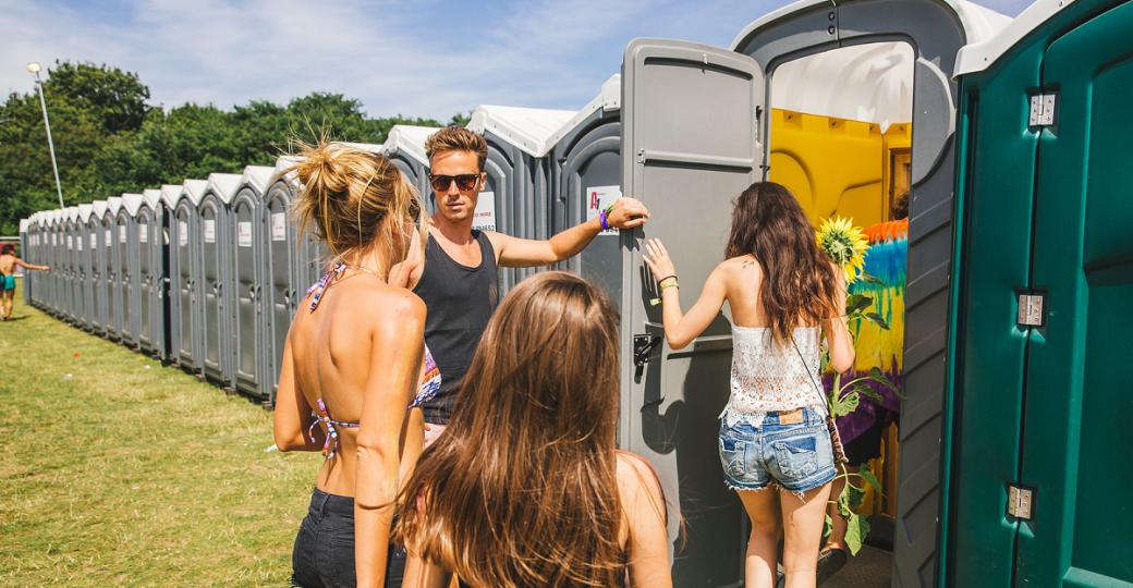 Quand les toilettes du Sziget accueillent une secret party