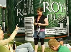 Un festival danois propose de dormir dans des canettes de bière