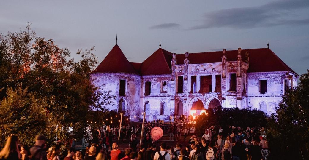 Electric Castle: un voyage onirique en Transylvanie