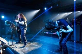 Unleashed & Rotting Christ : la première édition du Outch! Extrême Metal festival au complet