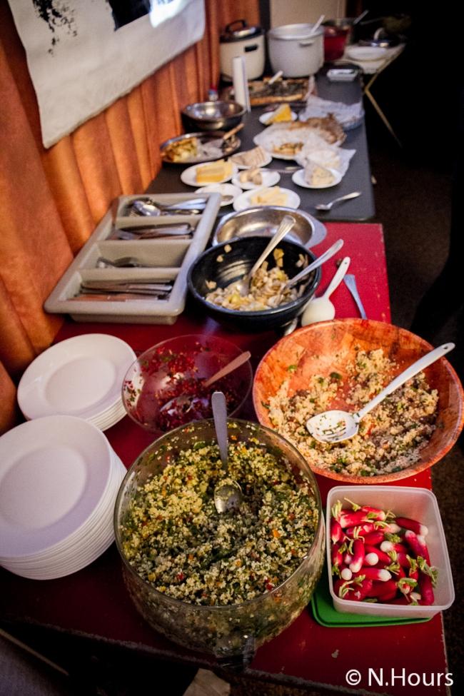 Un repas presque comme en famille préparé par les bénévoles de la Fabrica'son