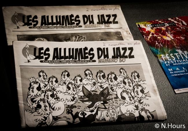 De la lecture entre les concerts avec le journal « Les allumés du Jazz »